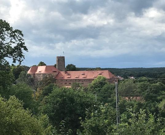 Keine vorzeitige Investition in die Burg
