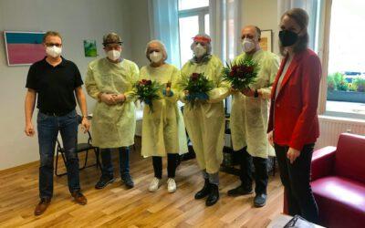 Sonja Eichwede besucht Corona Teststelle der SPD